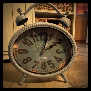 Other - Really cute clock